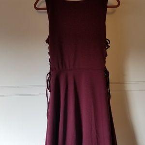 Burgandy Sleeveless Side Lace-up Decree Dress